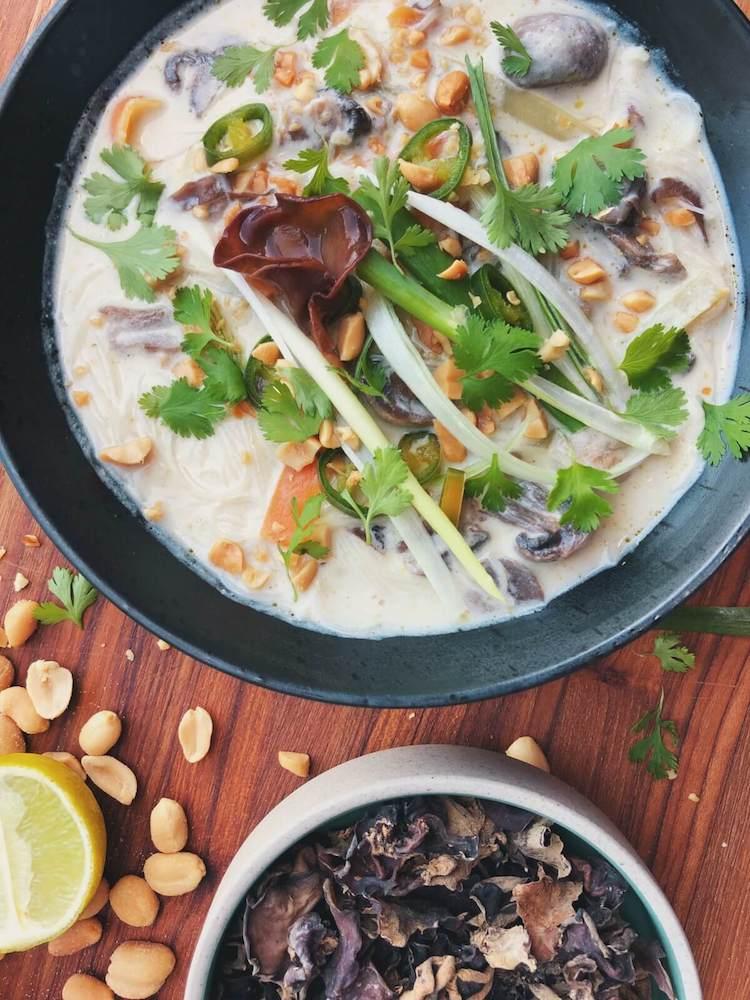 Thai Karry suppe med Judasøre ingredienser