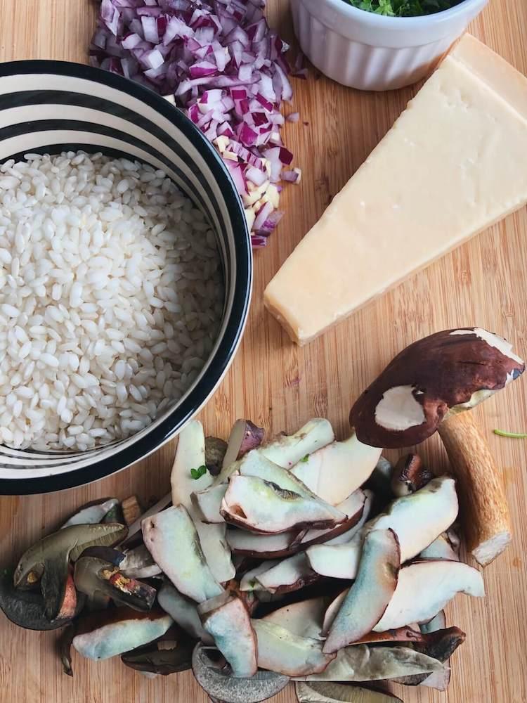 Risotto med Brunstokket Rørhat og persille ingredienser