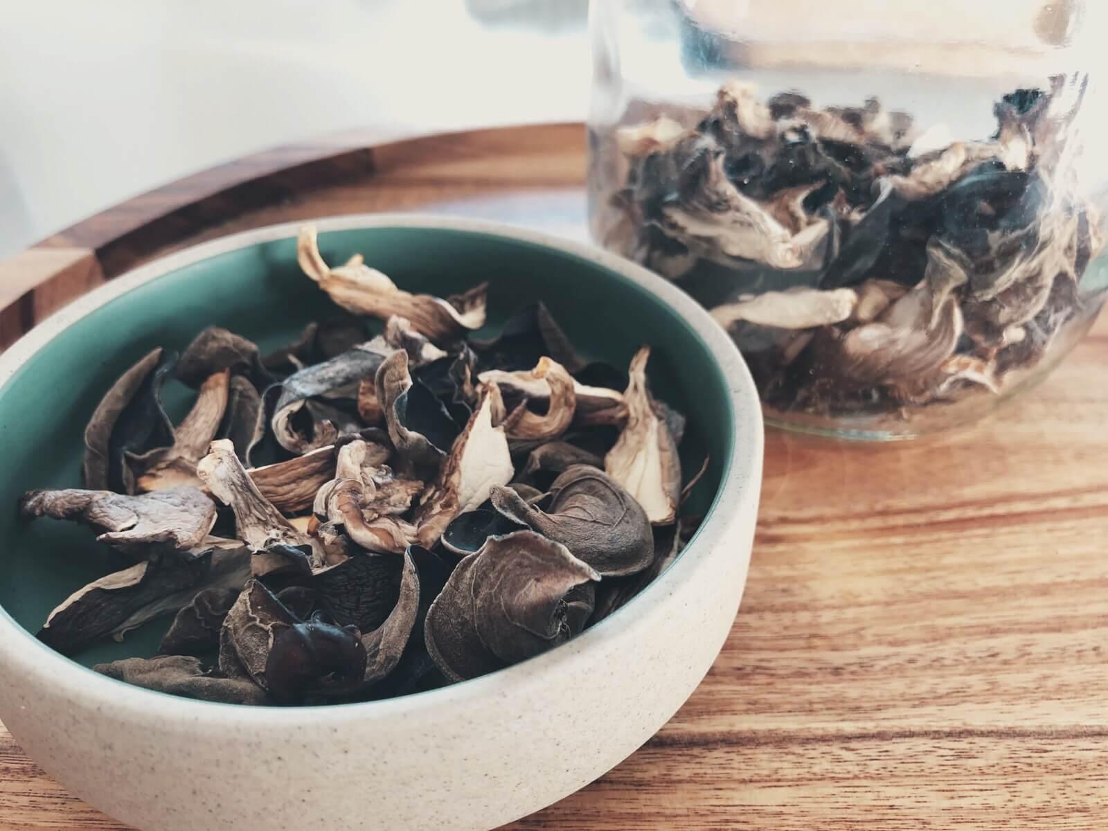 Tørrede svampe side